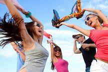 沙美岛萨凯海滩度假酒店即将举行两场大型音乐节